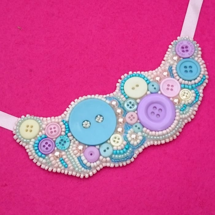 How to make a bead and button statement necklace - bead embroiderey
