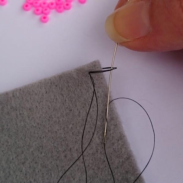 Beaded Blanket Stitch Step 3