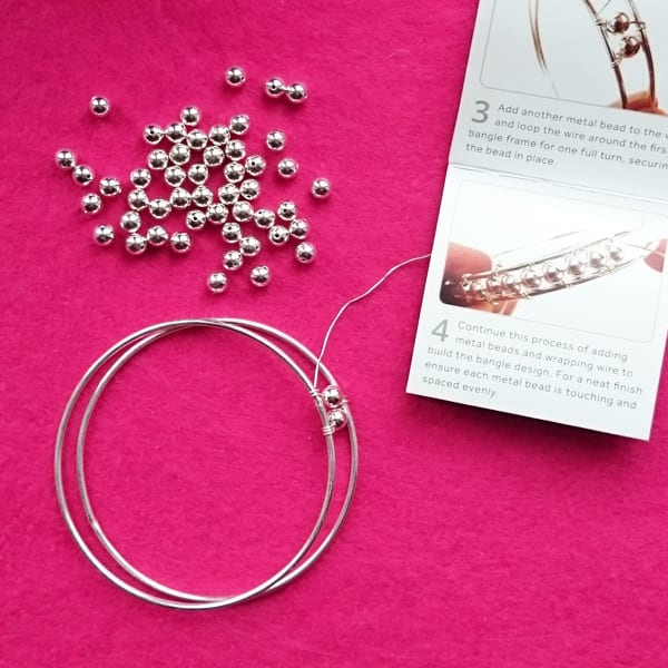 Wire wrapped beaded bangle - Jewellery Maker Review