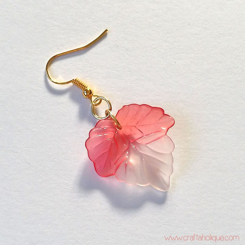 How to make leaf earrings from lucite beads - jewellery making tutorial from Craftaholique
