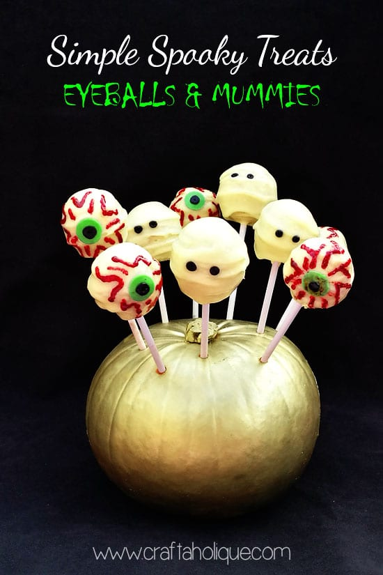 Autumn Treats - Spooky Cakes for Halloween - Eyeballs and Mummies - Craftaholique