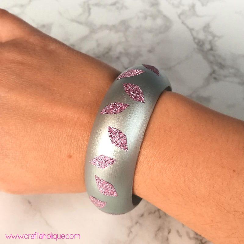 Washi Tape Ideas - Make a bracelet with washi tape