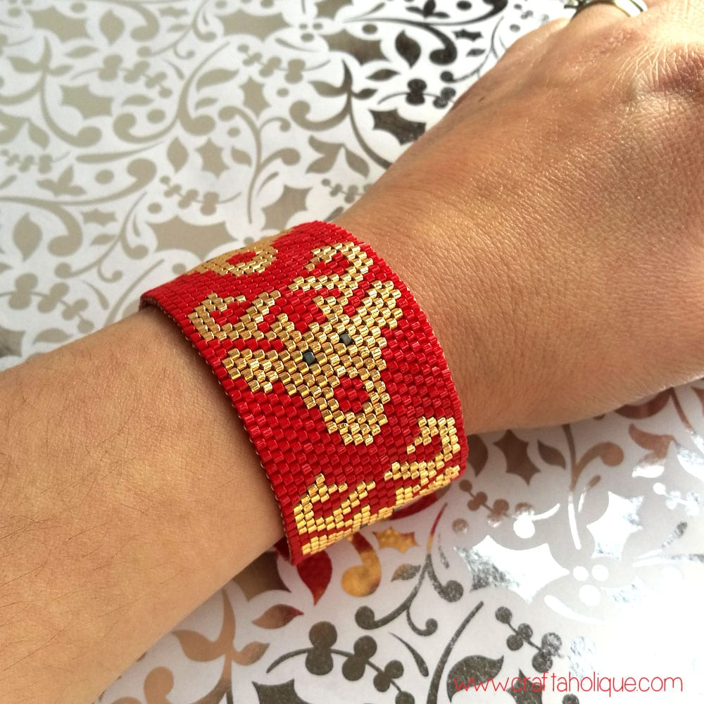 Rudolph Reindeer Peyote Cuff Bracelet Pattern - Christmas Jewellery Making