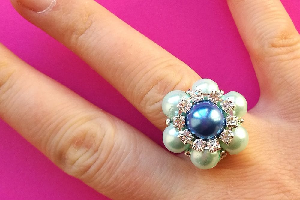 Tutorial – How to Make a Beaded Flower Ring
