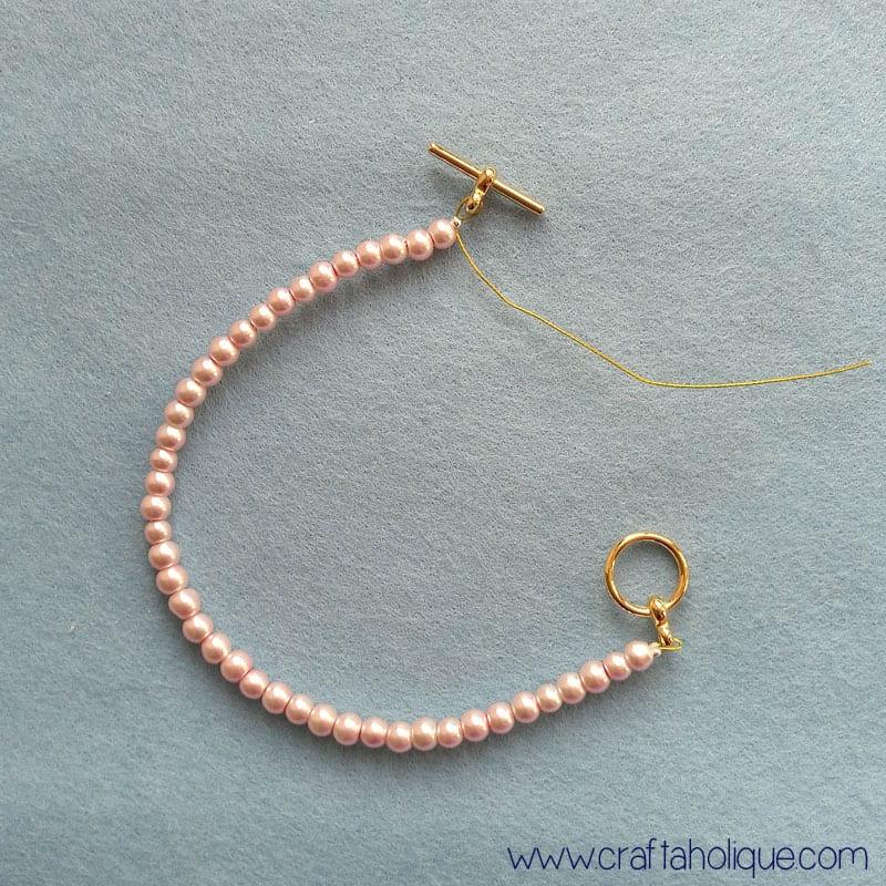 How to Make a Beautiful Beaded Fringe Bracelet - Craftaholique