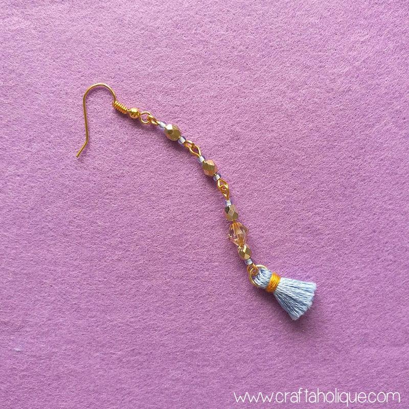 Beading tutorial - mini tassel earrings