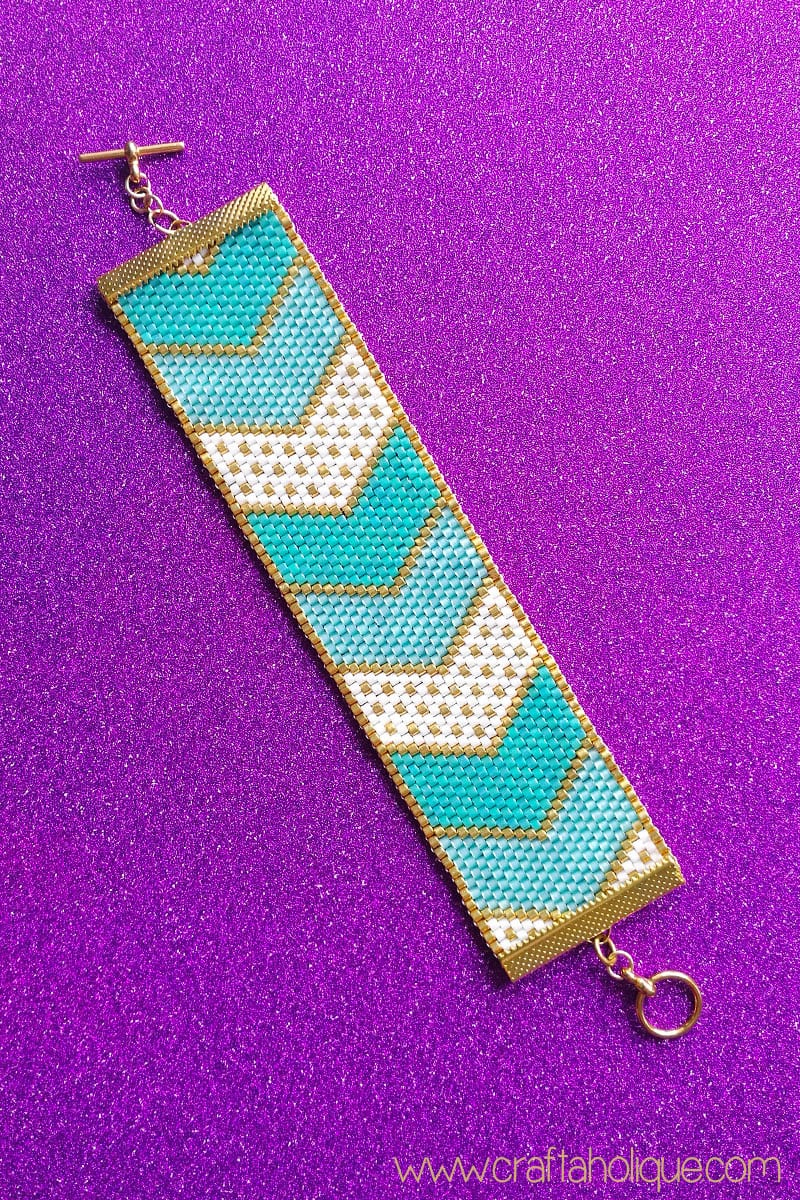 Turquoise and Gold Chevron Peyote Pattern