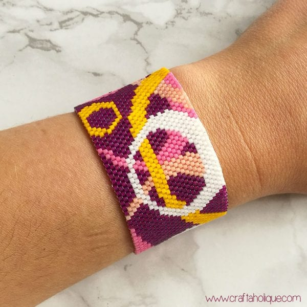 """Circles"" Peyote Stitch Bracelet Pattern"