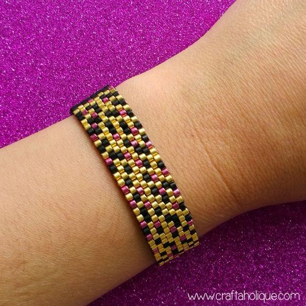 """Glitz"" Peyote Stitch Bracelet Pattern – Great for Beginners!"