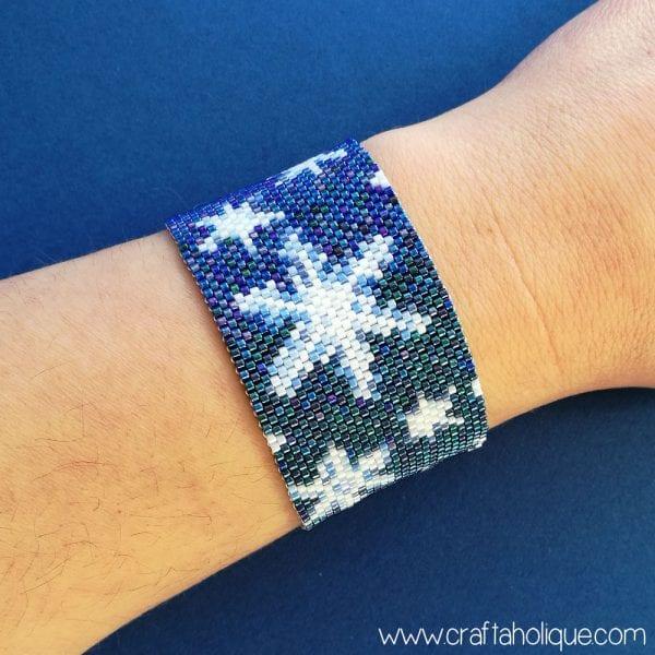 Snowflakes Peyote Stitch Beading Pattern