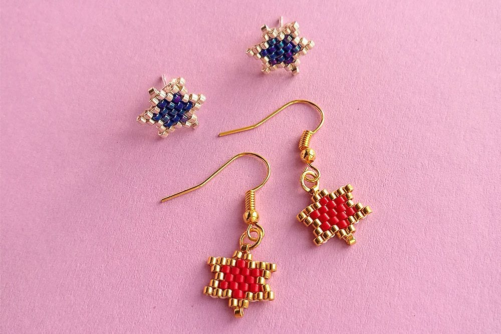 Brick stitch star earrings tutorial by Craftaholique