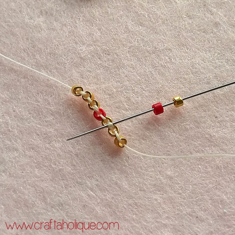 Decreasing brick stitch - star earrings tutorial