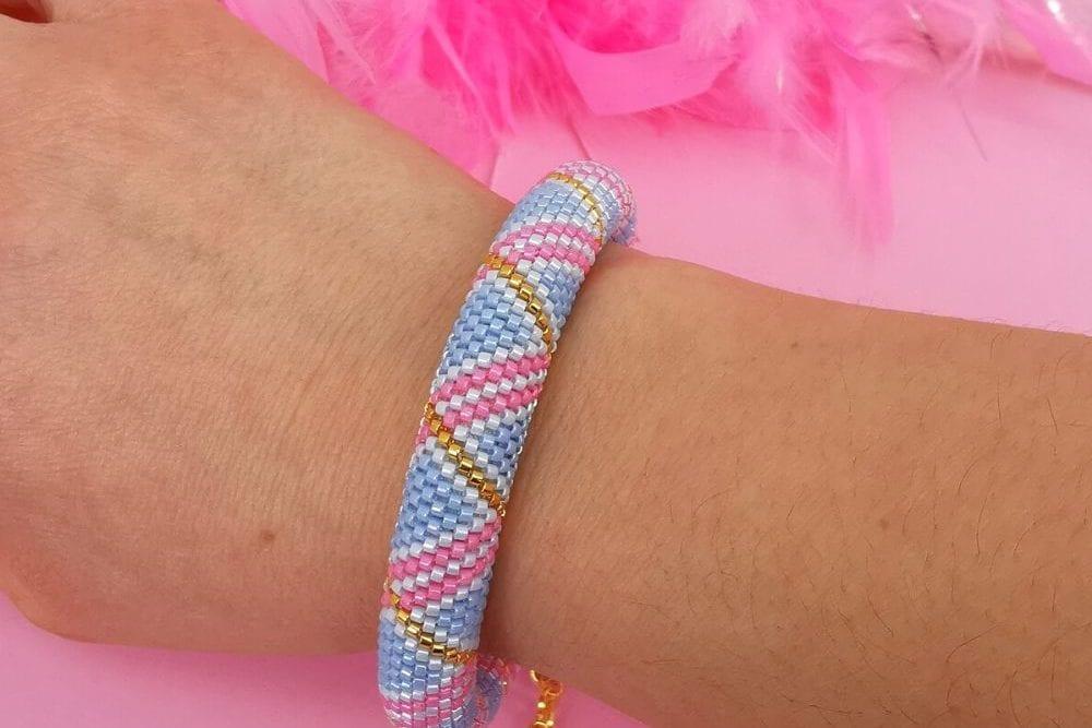 Tubular peyote bracelet pattern - pastel swirls