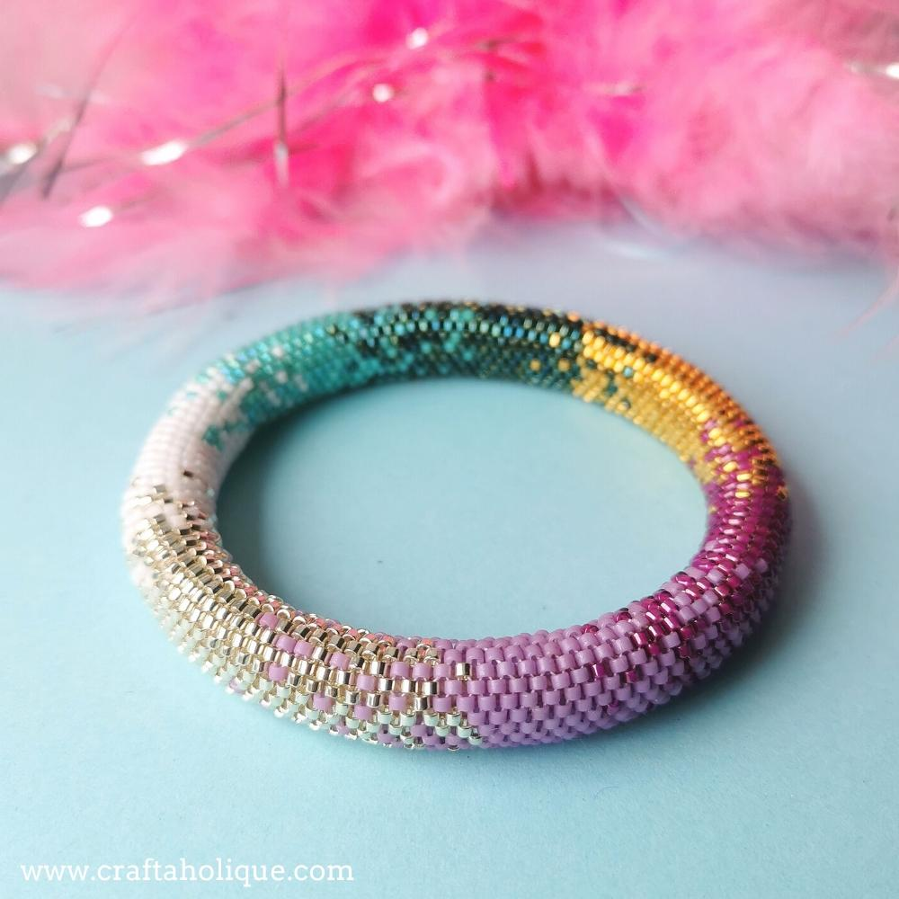 Colour Fusion tubular peyote bracelet pattern with metallic colours